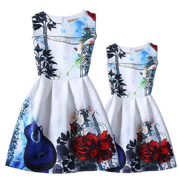 Summer family clothing European style Costumes family dresses fashion flower printing daughter dresses and mum dresses