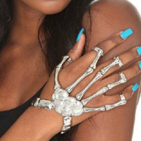 Exaggerated metal skeleton skeleton bracelet ghost claws with bracelet