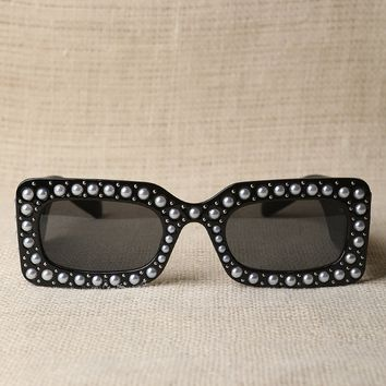 Retro Stud With Pearl Embellished Sunglasses