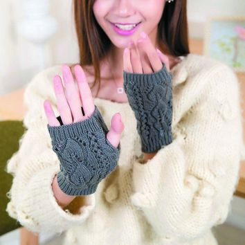 Leaf Pattern Cotton Gloves Ladies Computer Mittens Winter Knitted Fingerless Gants Womens Wrist Soft Warm Girls Mitten *E.5
