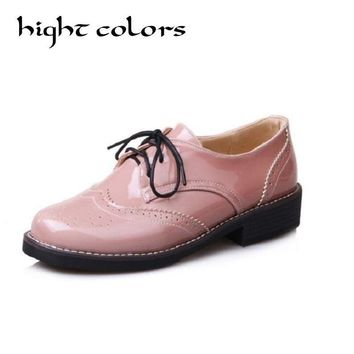 2018 Female British Style Carved Platform Lace Up Oxford Shoes College Wind Low-Heeled Casual Shoes Black Pink Size 34 To 43