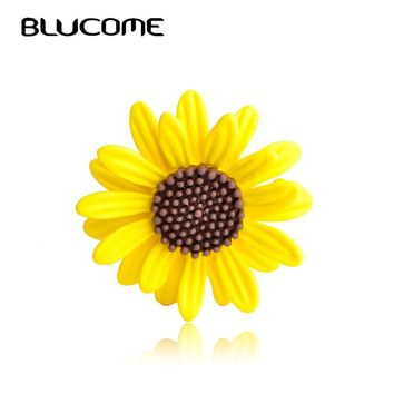 Blucome Enamel Yellow Sun Flower Brooches Corsage Daisy Clothes Accessories For Women Scarf Buckle Sweater Sunflower Brooch Pin