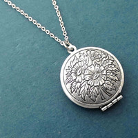 Vintage, Style, Flower, Photo, Locket, Silver, Necklace, Birthday, Best friends, Sister, Gift, Jewelry