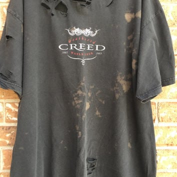 SHADOWS FALL bleached, distressed,cropped  band concert T  shirt size Xlarge