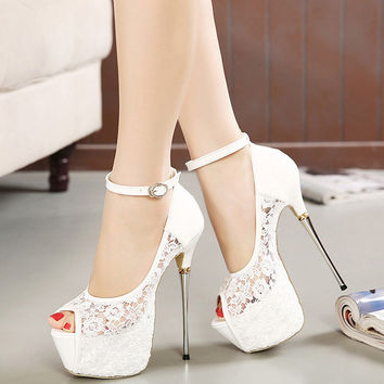 Stylish High Heel Lace Korean Princess Sandals = 4814690628