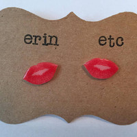 Handmade Plastic Fandom Earrings - Makeup - Lipstick Kisses