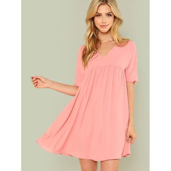 f291993f482 Pink V-Neck Short Sleeve Scallop Shift Dress