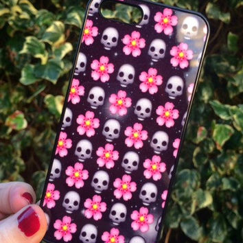 Iphone 6 Phone Case Emoji Skull Floral Moon Print Hipster Phone Cover