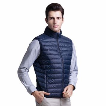 Winter Vest Men Waistcoat Ultra Light Thin Down Jacket Winter Vest Warm Outwear Solid Vests Male 90% Duck Down Sleeveless Jacket