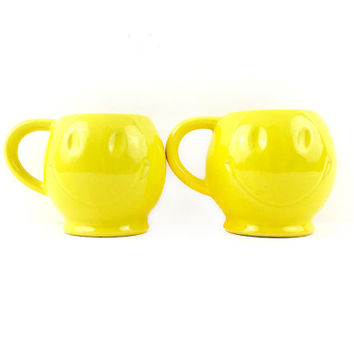 Set of 2 McCoy Smiley Face Mugs / Pair of Vintage 1970s Coffee, Tea Cups / Bright Yellow Kitsch Home Decor / Office Accessory / Made in USA
