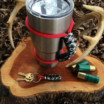 Paracord Yeti Rambler Handle Grip for 20 or 30 oz. Black / Hound's Tooth with free matching keychain