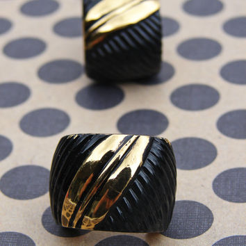 Vintage Signed LANVIN Clip-on Earrings Gold Tone Black Vintage Amazing Designer Name Brand Special Occasion Couture Runway Accessory Chic
