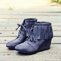 Wild & Wander Moccasins in Gray