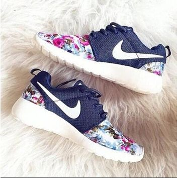 simpleclothesv : Nike Roshe Run Women Casual Sneakers Sport Running Shoes