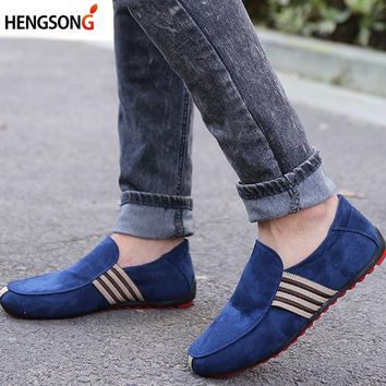 HENGSONG 2018 Autumn Style Soft Men Walking Shoes Sportswear Male Sport Shoes Men Flats Gommino Driving Shoes Sport
