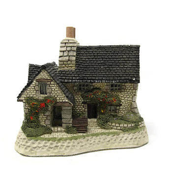 Gillies Cottage Scottish Collection David Winter Cottages 1988 Tudor Style Home Sculpture