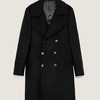 MILITARY STYLE COAT DETAILS