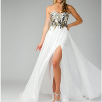 Listing A-line White Chiffon Prom Dresses for Shea Wineck