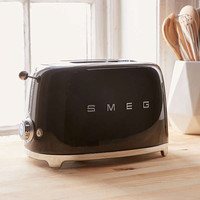 SMEG Two Slice Toaster | Urban Outfitters