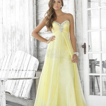 A-line Sweetheart Light Yellow Beading Chiffon Floor-length Prom Dress at Millybridal.com