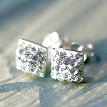 Bridesmaid earrings,Crystal Earrings,Crystal Stud,stud earrings,Swarovski Stud,Diamond Earrings,Diamond Stud,Bridal earrings,earrings
