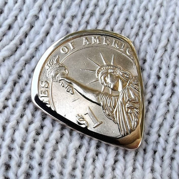 Premium coin Guitar Pick - Handmade with a 2011 Presidential Dollar Coin