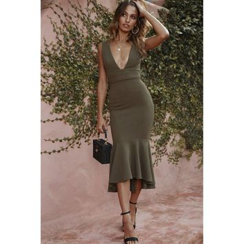 Elegant Green Mermaid Midi Dress Women Sexy Backless Ruffle Party Dresses With Sashes V Neck Bodycon Trumpet Robe Femme Ete 2018