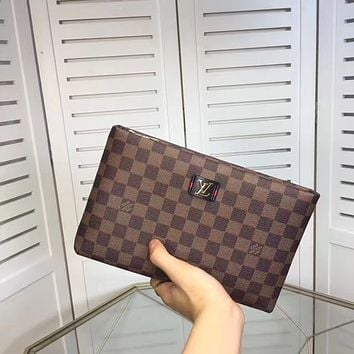 LV Louis Vuitton MEN'S NEW FASHION LEATHER ZIPPER HAND BAG