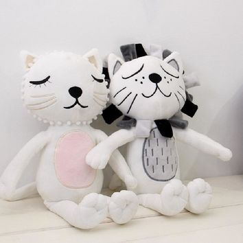 New Fashion Cartoon Lovely Cat Lion Animals Kawaii Plush Dolls Stuffed Calm Sleep Pillow Toy Children Nordic Kids Bed Room Deor