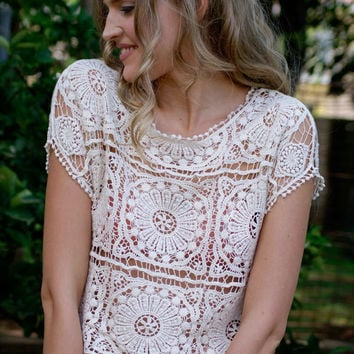Sexy short-sleeved lace crochet blouse XQ6305
