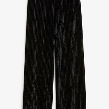 Velvet pleated trousers - Black magic - Trousers & shorts - Monki GB