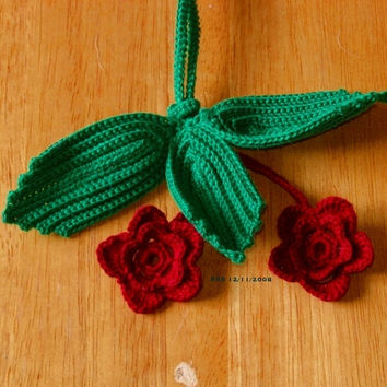 Roses and Leaves Key Chain - Handmade Irish Crochet Art Personal Accessory - Red and Green