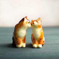Cats couple figurines set of 2, ginger cats love and wedding totem, tiny zoo, wedding cake topper, orange home decor, cats pair, cat love