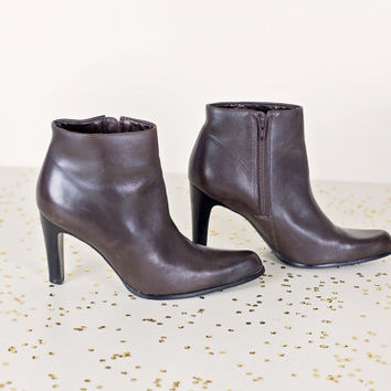 vintage brown Nine West high heel ankle boots 7.5
