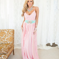 Detailed in Lace Top and Crinkled Bottom Maxi Dress Pink