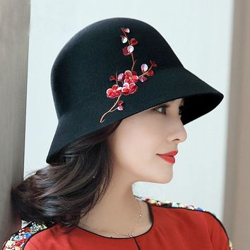 Woman Autumn And Winter Grace Short Brim Bucket Hats Lady Top Quality Flower Embroidery Pure Wool Felt Hat