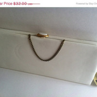 Hello Spring Sale White Clutch Purse Vintage by After 5