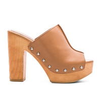 BCBGeneration Karena Heel in Ginger Natural