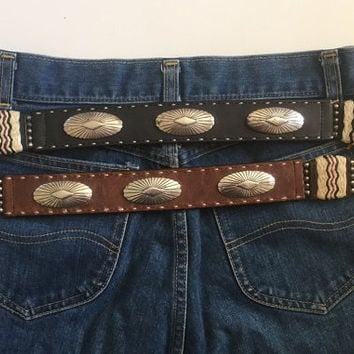 Vintage 90s Justin Leather Belt w/ Concho and Quill Details - Size 32
