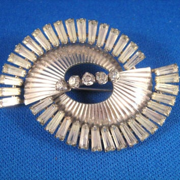 Vintage Krementz Abstract Rhinestone Brooch