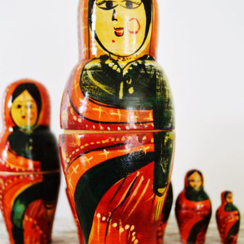 Maidens from India Nesting Doll