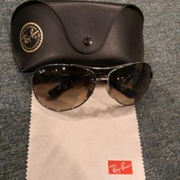 Ray Ban Aviator RB3386 004/13 sunglasses Authentic