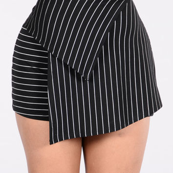 Obey Skirt - Black