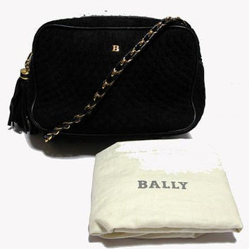 Vintage BALLY genuine black suede leather quilted shoulder camera bag with gold tone chain strap. Chic and Mod.