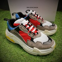 Best Online Sale Fashion Balenciaga Triple-S Sneaker 17FW Khaki Grey Casual Shoes 656686W06G011001