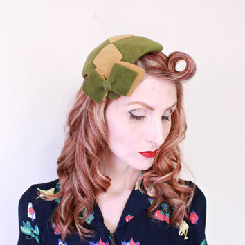 1940s Hat / VINTAGE / 40s Hat / Green / Juliet Cap / Harlequin / Bow / CUTE!