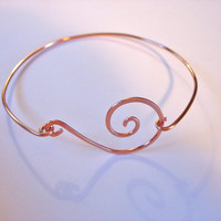 Hand Hammered Copper Swirl Stackable Bangle by jhammerberg on Etsy