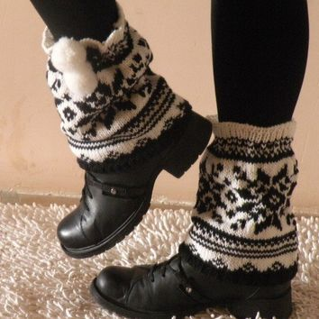 Hand Knit Snowflake Winter Boot Covers with by ArzuMusaKnitting
