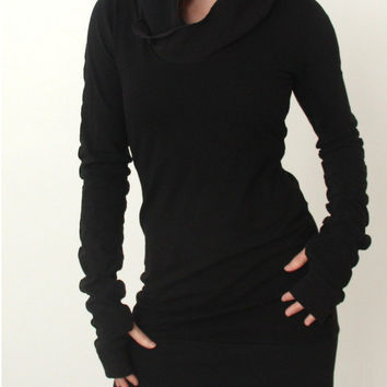 Black Hooded Long Sleeve Dress