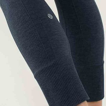 17620a959a21ce Active Mesh-Paneled Leggings from Forever 21 | Accessories